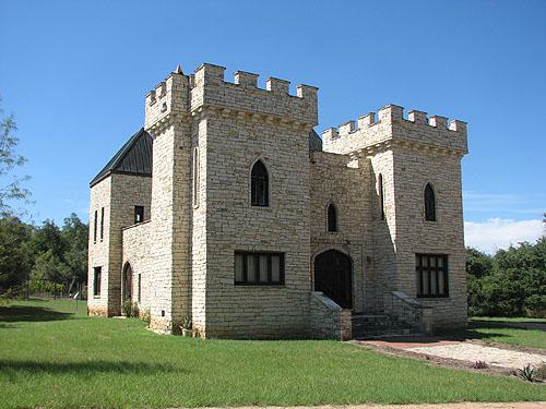 Kocurek Castle