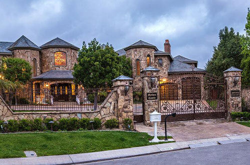 Mission Hills Ca >> Mythea Castle